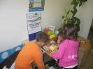 Játék- és könyvkölcsönzés - Kiosztás 2011.május